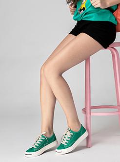 三福飒达夏2018学院系列布料开口笑平底低帮板鞋女鞋