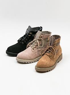 三福2018女冬时尚格纹拼接短靴休闲系带马丁靴女鞋