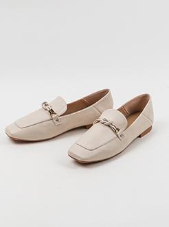 三福2019女春时尚拼接一字扣饰方头气质平跟单鞋女鞋