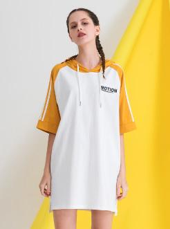 三福2019夏装新品女撞色短袖T恤裙 休闲连帽连衣裙女