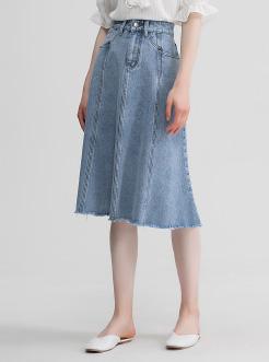 三福2019夏装新品女牛仔毛边半身裙 高腰A字裙散摆裙女