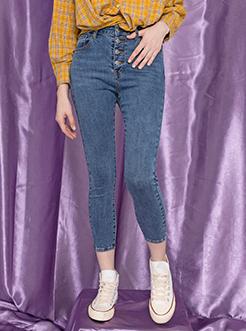 三福2019秋裝新品女牛仔長褲 紐扣緊身簡約九分褲女